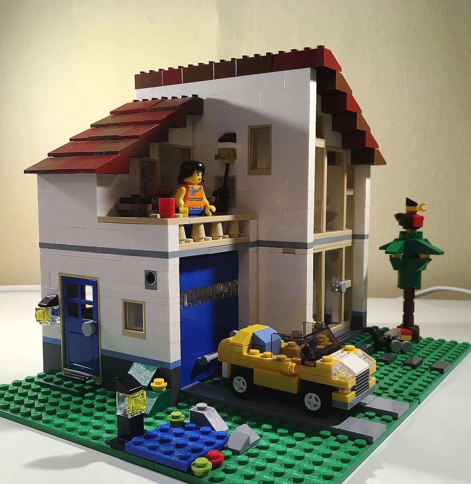 LEGO Creator Lego Haus und Stadtvilla